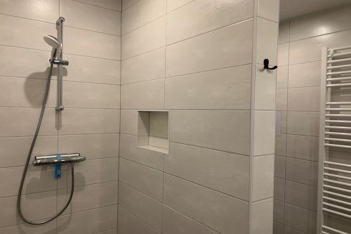 badkamer_douche_zeven_persoons